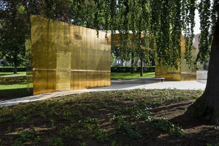 Schiffanlegestelle âZug BahnhofstegÕ: Neubau Pavillon mit Warteunterstand durch ComettiTruffer Architekten Luzern. Fotografiert im Auftrag von der Architekten Luzern.